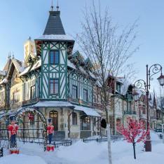 Зимняя улица в поселке Трувиль